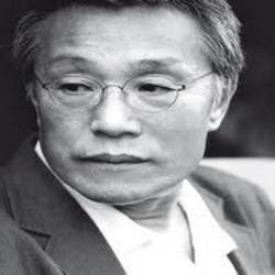 Sok Yong Hwang